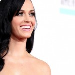 Katy-Perry-Smiling-Wallpaper-730x700